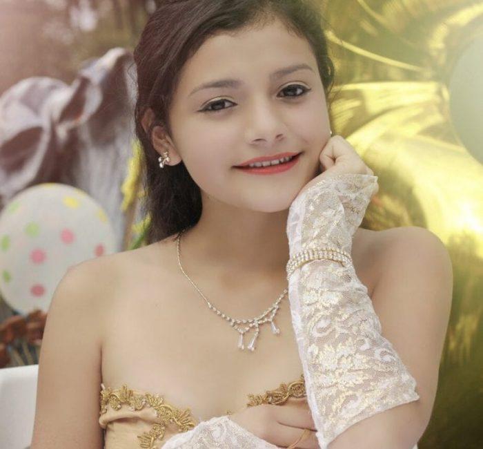Quinceanera Girl